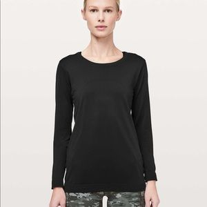 Swiftly Tech Long Sleeve (Breeze) *Relaxed Fit